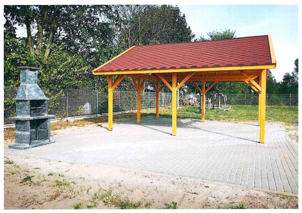 Miejsce integracji i lokalnej aktywności w miejscowości Zabiele w gminie Rzekuń